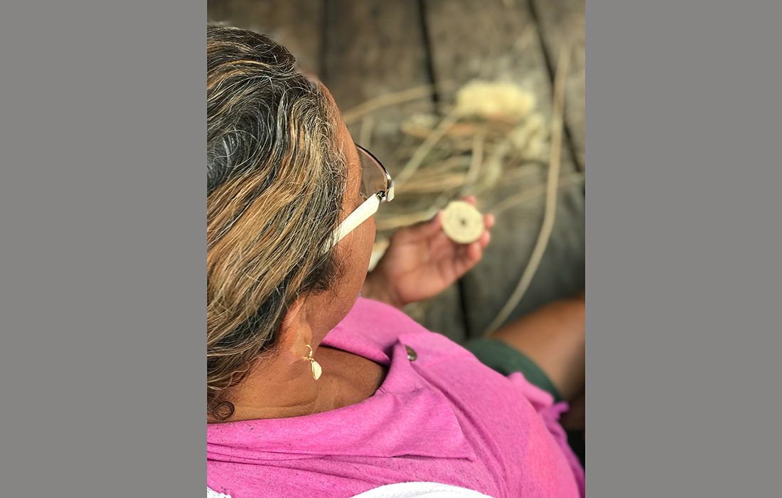 Yael Sonia s'engage pour les artisans de Teçume au Brésil
