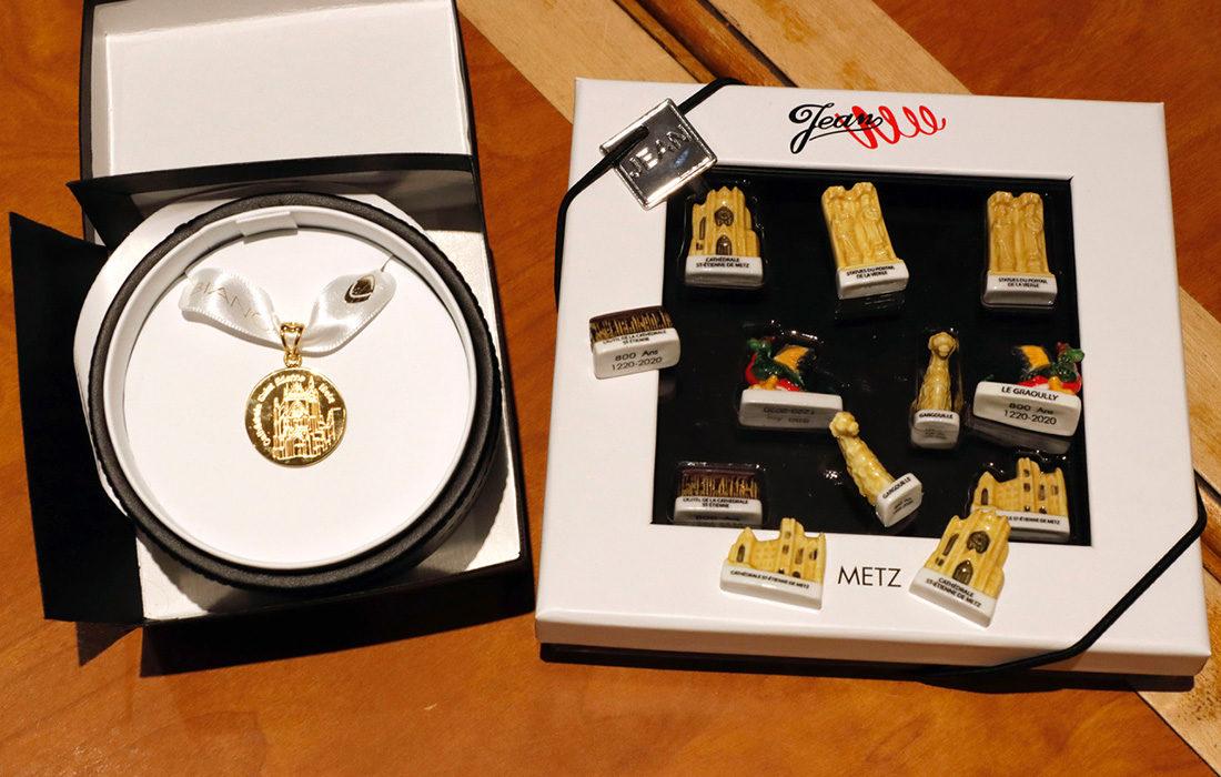 Alexandre Bianchi dévoile ses précieuses galettes d'or